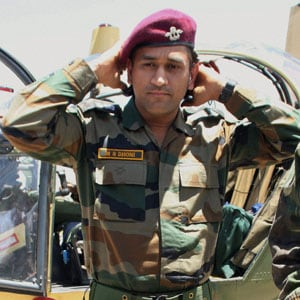 Always wanted to join the Army but became a cricketer, says MS Dhoni