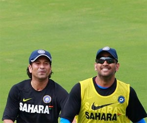 Don't speculate on Sachin Tendulkar's future, says MS Dhoni