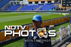 Champions Trophy 2013: Any personal distractions, skipper? Dhoni replies with a 'smile'