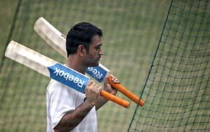 MS Dhoni practices with red Kookaburra balls ahead of ODIs vs South Africa