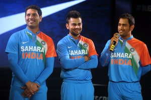 Team is mentally and physically fit for long season: Dhoni