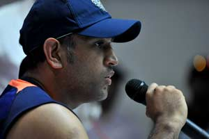 MS Dhoni hopes team gets into the Test groove well