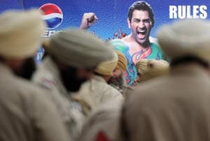 MS Dhoni's security heightened after reported threats