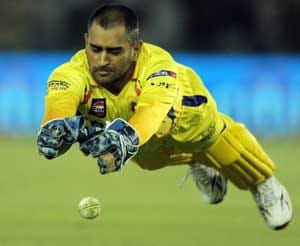 Dhoni blames himself for 3 wicket loss against Mumbai