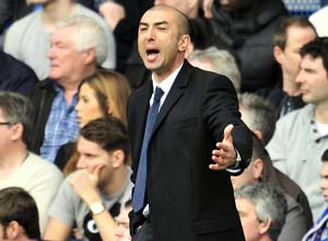 Di Matteo sweating on Cahill and Luiz fitness