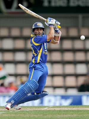 Tillakaratne Dilshan replaces injured Guptill in Caribbean Premier League