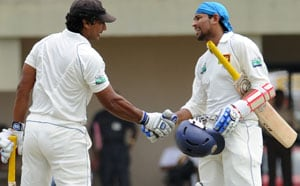 Dilshan, Sangakkara flay Pakistan on Day 1 of first test at Galle
