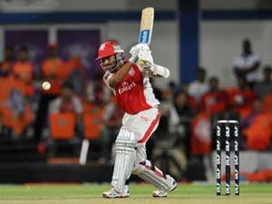 Dinesh Karthik joins Mumbai Indians for over 10 crores: Sources