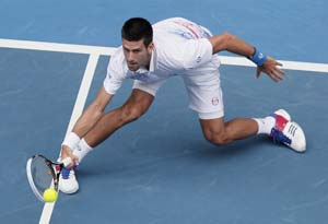 Djokovic, Wozniacki defend Indian Wells crowns