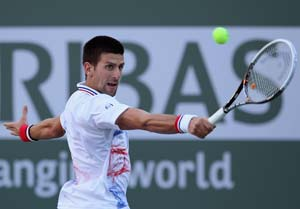 Novak Djokovic, Roger Federer win in 3 sets at Indian Wells