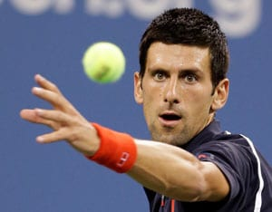 Jo-Wilfred Tsonga, Tomas Berdych win; Novak Djokovic on track