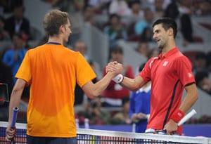 Novak Djokovic through to China Open final