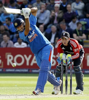 Dravid gifts himself a gritty ODI farewell
