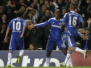 Drogba sinks Valencia as Chelsea reach last 16