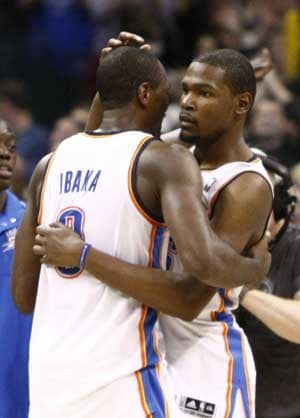 Durant buzzer beater lifts Thunder over Mavericks