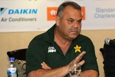 Pakistan safe for touring teams: Dav Whatmore