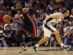 James' Miami Heat bounce back to tie series 2-2 against San Antonio Spurs