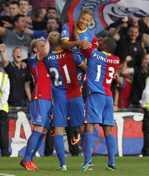 Dwight Gayle, Stuart O'Keefe get Crystal Palace off the mark