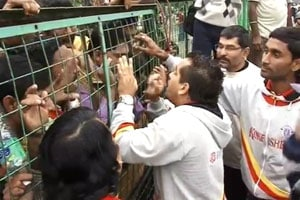 Angry fans lock East Bengal players inside the ground after defeat