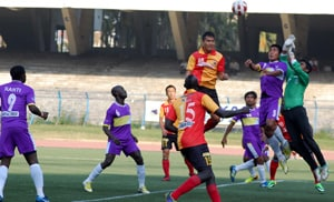 East Bengal beat 10-man United SC, reach semifinals of IFA Shield