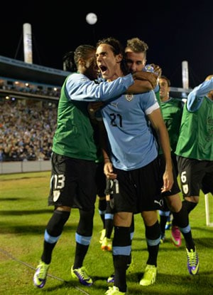 Uruguay stun Argentina but settle for 2014 World Cup playoff berth
