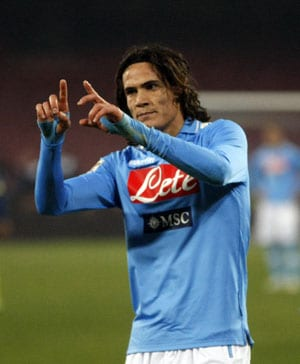 Napoli's Cavani hoping to be first to shoot down Juventus