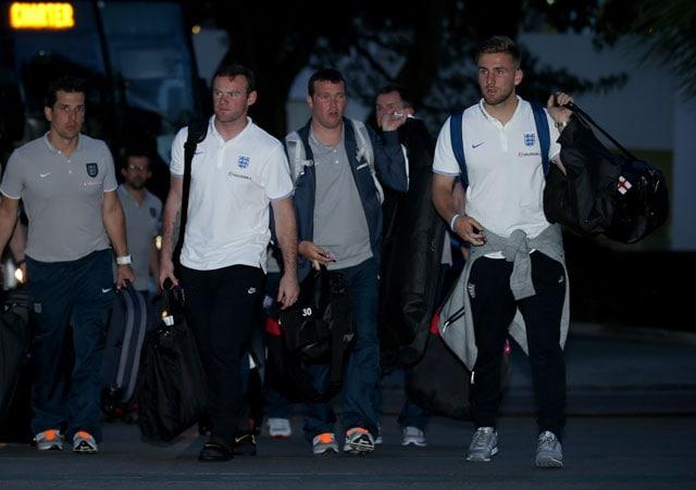 FIFA World Cup Warm-Up: Wayne Rooney Feeling Heat as England Arrive in Miami