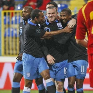 England through to Euro 2012, Russia on brink