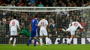 Wayne Rooney scores twice in England rout of San Marino