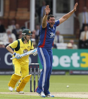 Morgan sets up England win over Australia in the first ODI