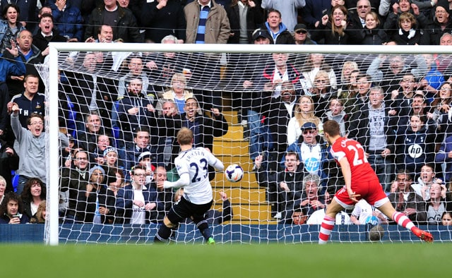 English Premier League: Christian Eriksen scores twice as Tottenham Hotspur F.C. beat Southampton 3-2