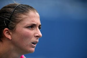 Errani looks for upset over Serena at the US Open