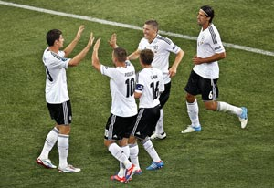 UEFA Euro 2012: Gomez scores a brace to give Germany 2-1 win over Netherlands