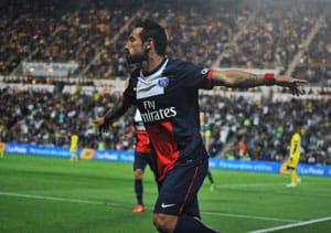 Ligue 1: Ezequiel Lavezzi grabs winner as PSG edge past Nantes