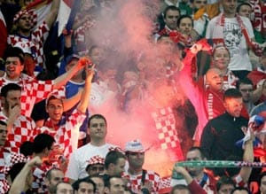 Euro 2012: Croatia in dock for fans' flares, smoke bombs