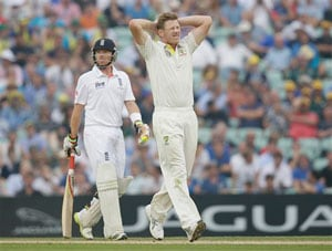 The Ashes: James Faulkner ruled out of Perth Test with broken thumb