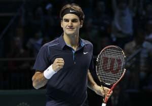 Federer defeats Llodra at Dubai Championships