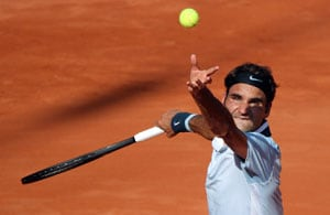 Back injury sparks latest Roger Federer slump
