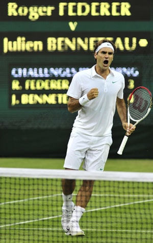 Wimbledon 2012: Roger Federer survives huge scare to reach last 16