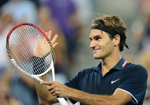 Roger Federer strolls into US Open third round