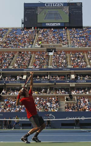 Federer wins, questions slew of retirements