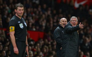 Sir Alex Ferguson hits back at Alan Pardew jibe