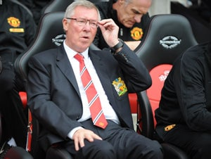 Alex Ferguson eager to sign off with victory