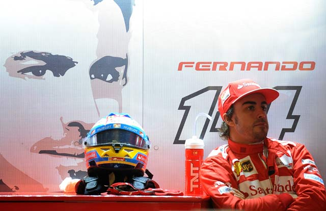 "Fernando Alonso says Ferrari ""still in the fight"""