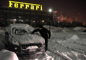 Snow forces Ferrari to call off 2012 F1 car launch