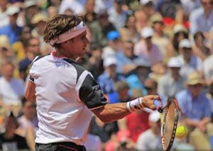 Ferrer speeds into French Open second round