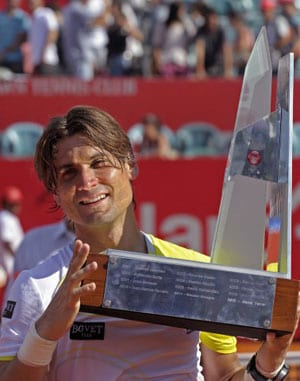 David Ferrer beats Stanislas Wawrinka to defend Buenos Aires title