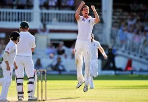 Third Test Day 3: Amla keeps England at bay