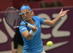 8th-seeded Kirsten Flipkens advances to Open GDF quarters