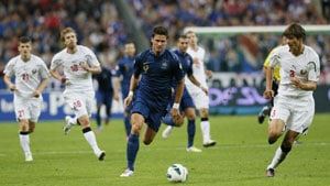 France exorcise Belarus ghost to claim second win